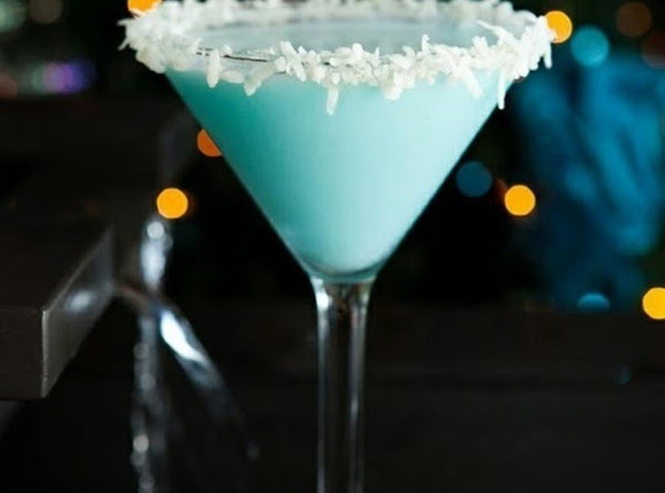 Snowball Martini Recipe