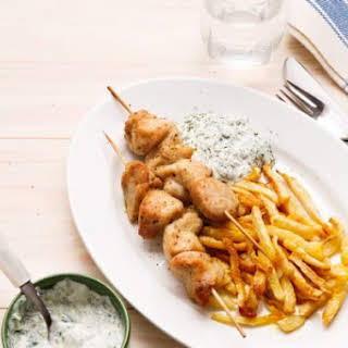 Crunchy Keto Chicken Drumsticks With Coleslaw.