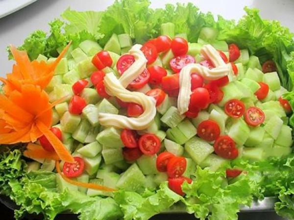 25 lợi ích kỳ diệu khi bạn ăn 1 quả cà chua mỗi ngày