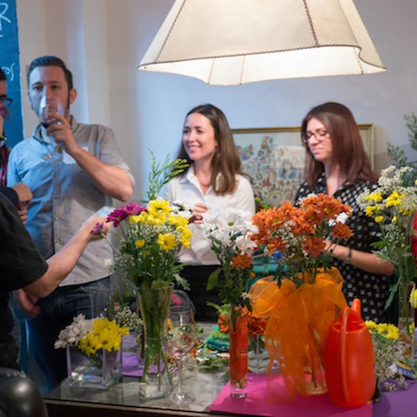 Taller de flores en El Afilador con Yelp Madrid
