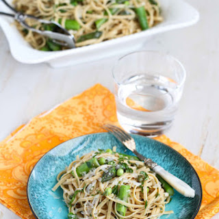 Pasta Primavera With Asparagus And Spring Peas.