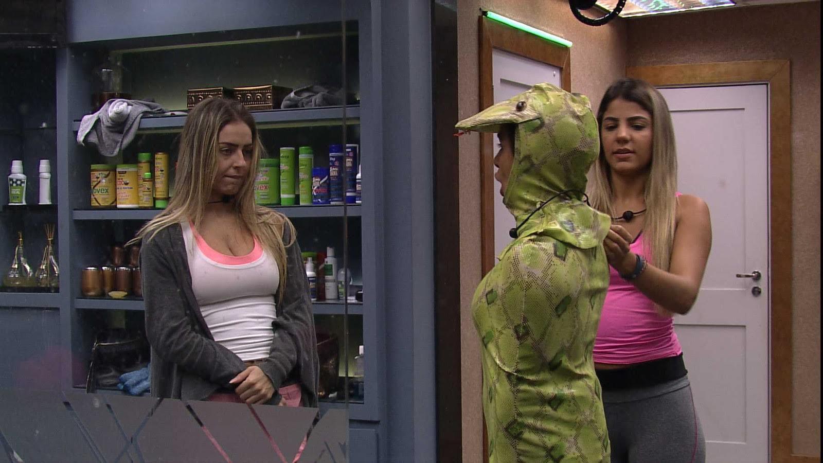 Gabriela é o novo anjo do BBB19 e Carol é castigada com o monstro