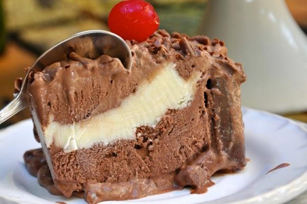 Torta Prestígio com Sorvete