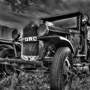 Old Ford B&W Edit.jpg