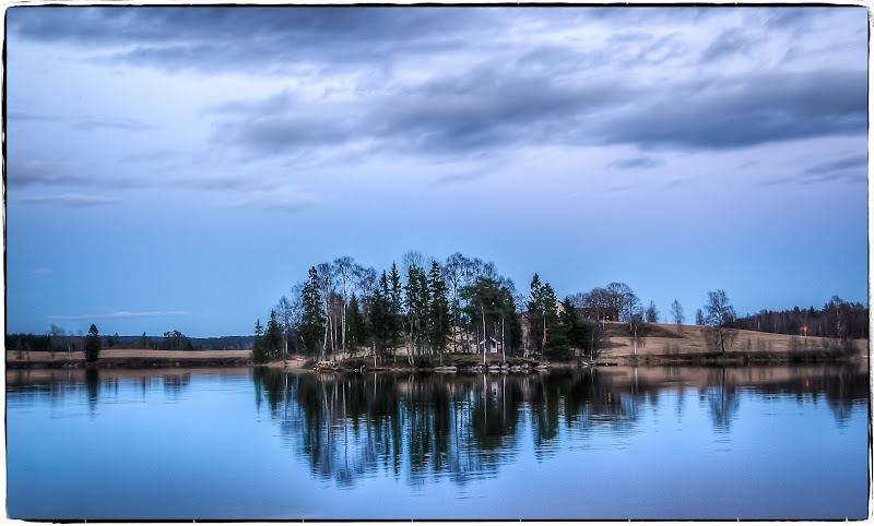 Photo: #nordiclandscapes #bluehour