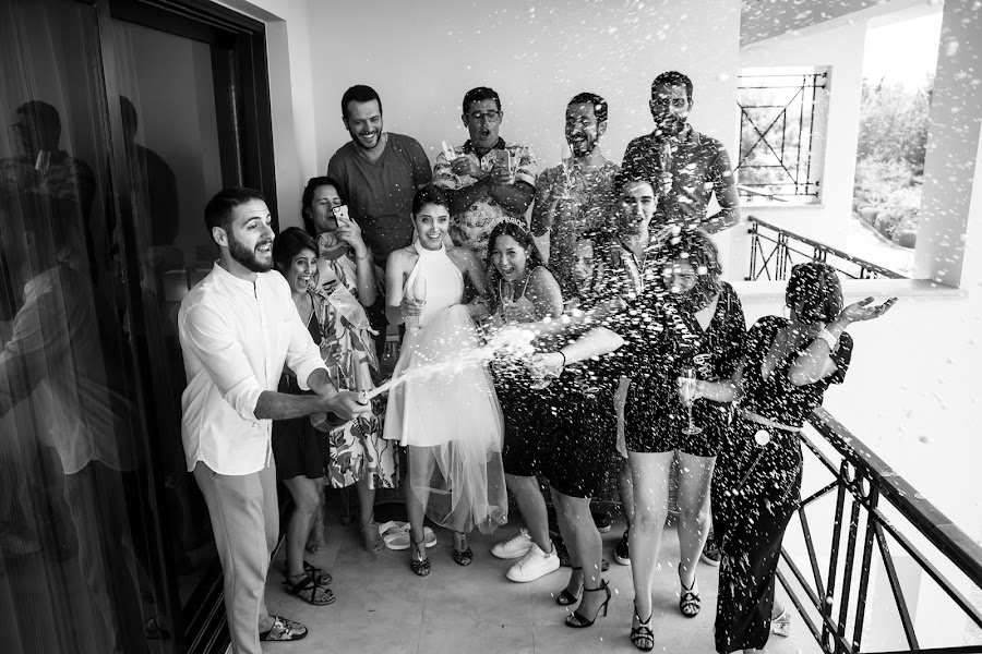 Wedding photographer Ufuk Sarışen (ufuksarisen). Photo of 24.10.2019
