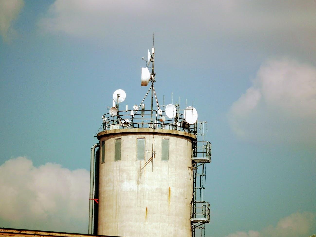 Gyömrő - helyi URH-FM adóállomás