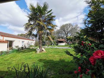 maison à Poiroux (85)
