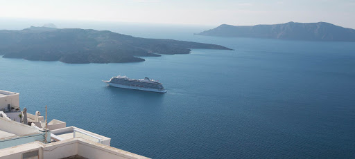viking-star-in-santorini.jpg - Viking Star, Viking's first ocean ship, sits in the middle of the flooded caldera in Santorini, Greece.