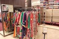Puri Silk Emporium photo 4