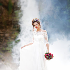 Wedding photographer Olga Nikitina (ranji). Photo of 16.05.2017