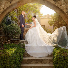Wedding photographer Manthos Tsakiridis (tsakiridis). Photo of 09.09.2016