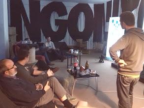 Photo: Reunión en entorno relajado