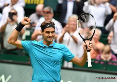 Roger Federer boekt simpele zege bij zijn terugkeer op gravel