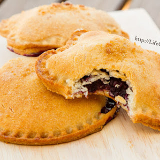 Blackberry Nutella Hand Pies