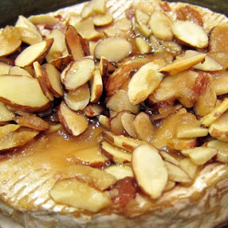Baked Brie With Almonds Recipes