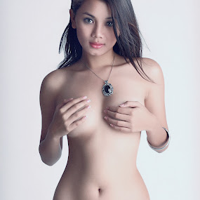 Danica by Yeng Regidor - Nudes & Boudoir Artistic Nude