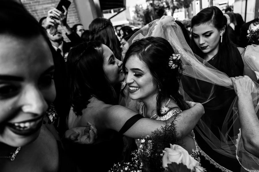 Wedding photographer Victor Rodriguez urosa (victormanuel22). Photo of 25.04.2019