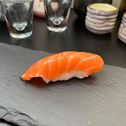 521 Sake Sushi (Salmon)