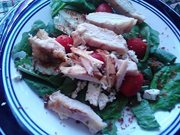 Chicken Romaine Spinach Salad With Feta Cheese Recipe