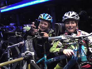 Photo: Hjem kom vi oss med sykler inne i taxi'en!