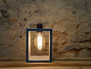 lampe design en béton ciré couleur canard