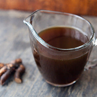 HOMEMADE ROOT BEER SYRUP.