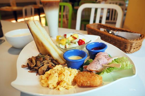 《內湖》羅丹薩咖啡 假日限定早午餐BRUNCH 超愛爆漿起司洋芋歐姆蛋!