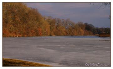 Photo: Frühlingstag am Eis-bedeckten See  +11° Mühlau Naturschutzgebiet Unterer Inn