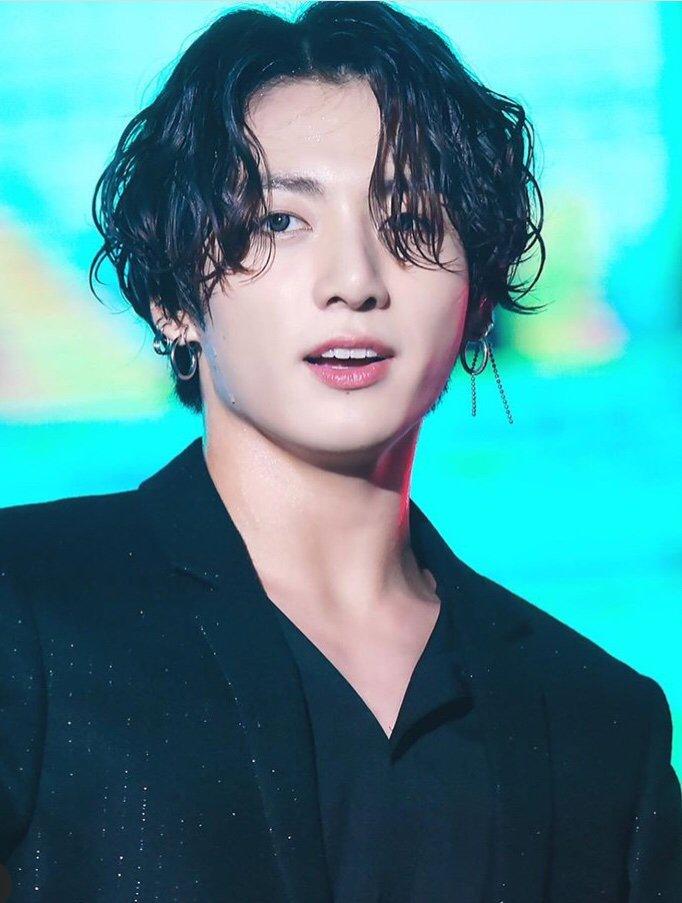 jungkook long hair3