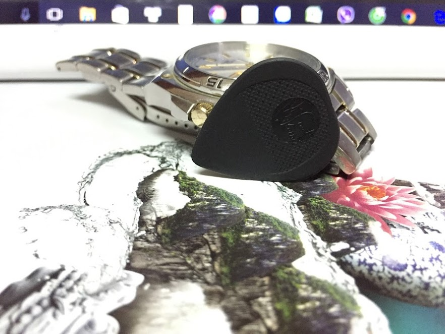 Miếng Gảy - Fred Kelly Nylon Flat Medium Black Picks (0.66 mm)