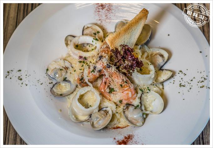 馬修咖啡廚房西西里奶油海鮮香蒜燉飯