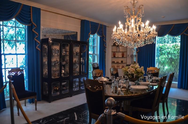 Graceland - DIning Room
