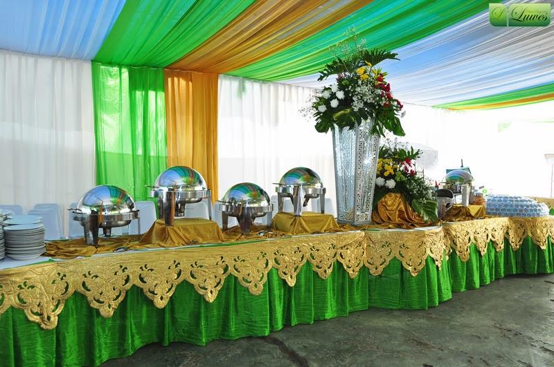 dekorasi prasmanan pernikahan