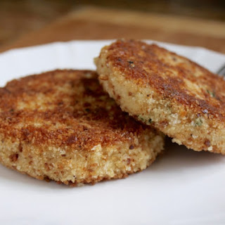 Easy, Step by Step Potato and Salmon Fish Cakes.