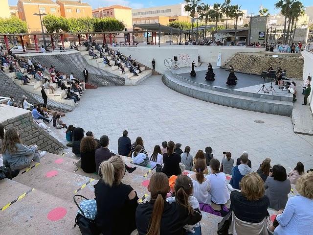 En el Anfiteatro de la Rambla ha actuado el alumnado de Danza Clásica, Danza Española y Baile Flamenco.