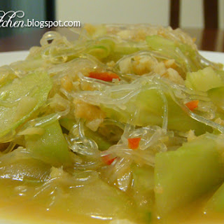 Stir-Fried Japanese Cucumber with Glass Noodle Recipe
