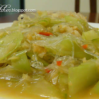 Stir-fried Japanese Cucumber With Glass Noodle.