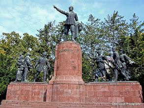 Photo: 16 mei. Boedapest. Kossuth memorial.