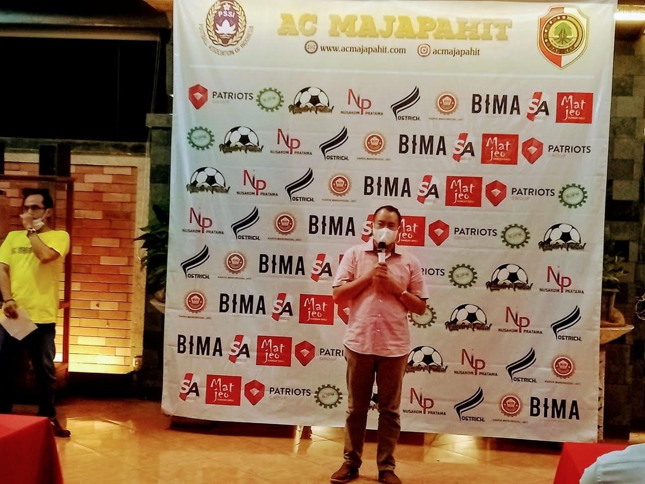 Kadis Parpora Kabupaten Mojokerto Berikan Apresiasi Club AC Majapahit