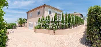 villa à Pezenas (34)