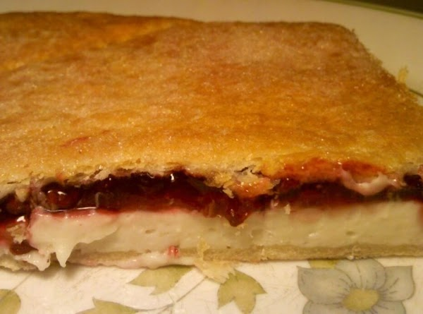 Quick And Easy Raspberry Cream Cheese Pastries Recipe