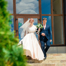 Wedding photographer Evgeniy Semenov (SemenovSV). Photo of 14.07.2017