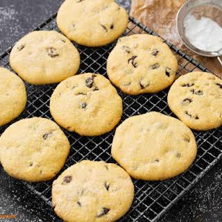 Italian Polenta Cookies (Zaleti).
