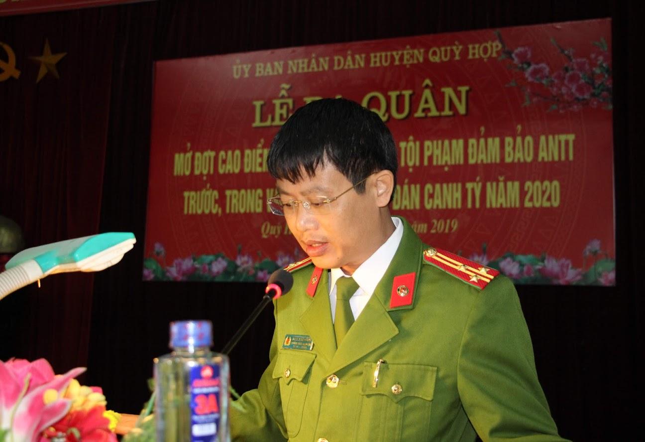 Thượng tá Đinh Anh Dũng – Trưởng Công an huyện Quỳ Hợp thông qua nội dung đảm bảo ANTT dịp Tết Nguyên đán Canh Tý 2020