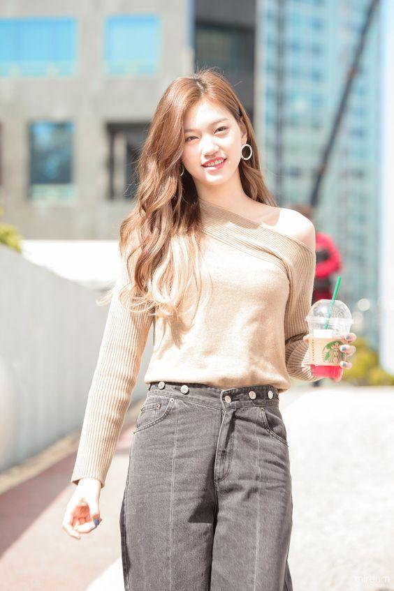 doyeon casual 14