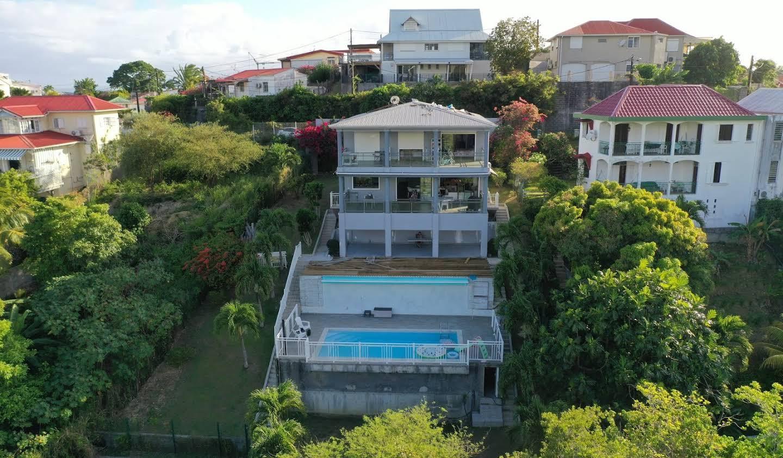 Maison avec piscine et terrasse Pointe a pitre