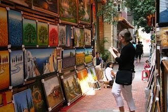 Photo: Shenzenissä taiteilija-alueella