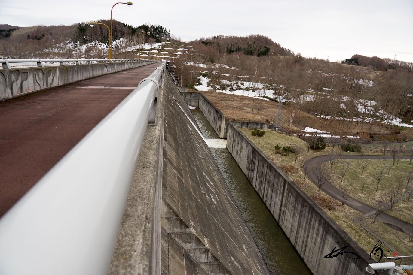 ダムの冷たい風の通り道