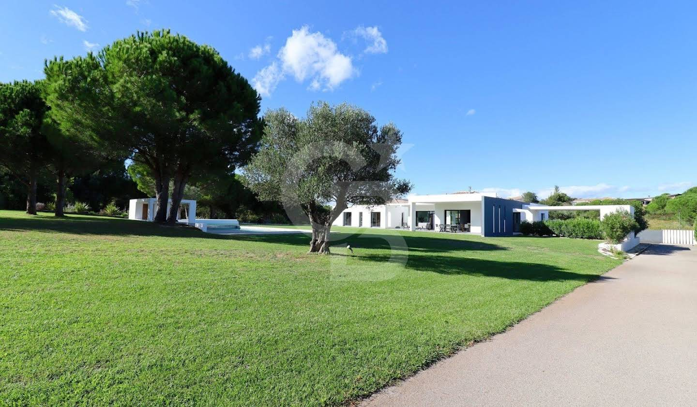 Villa with pool Perpignan